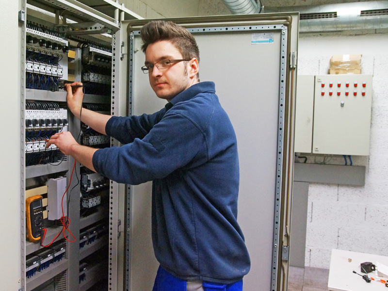 Erfahrungsbericht Elektroniker für Betriebstechnik