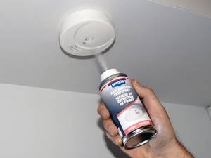 Smoke detector testspray